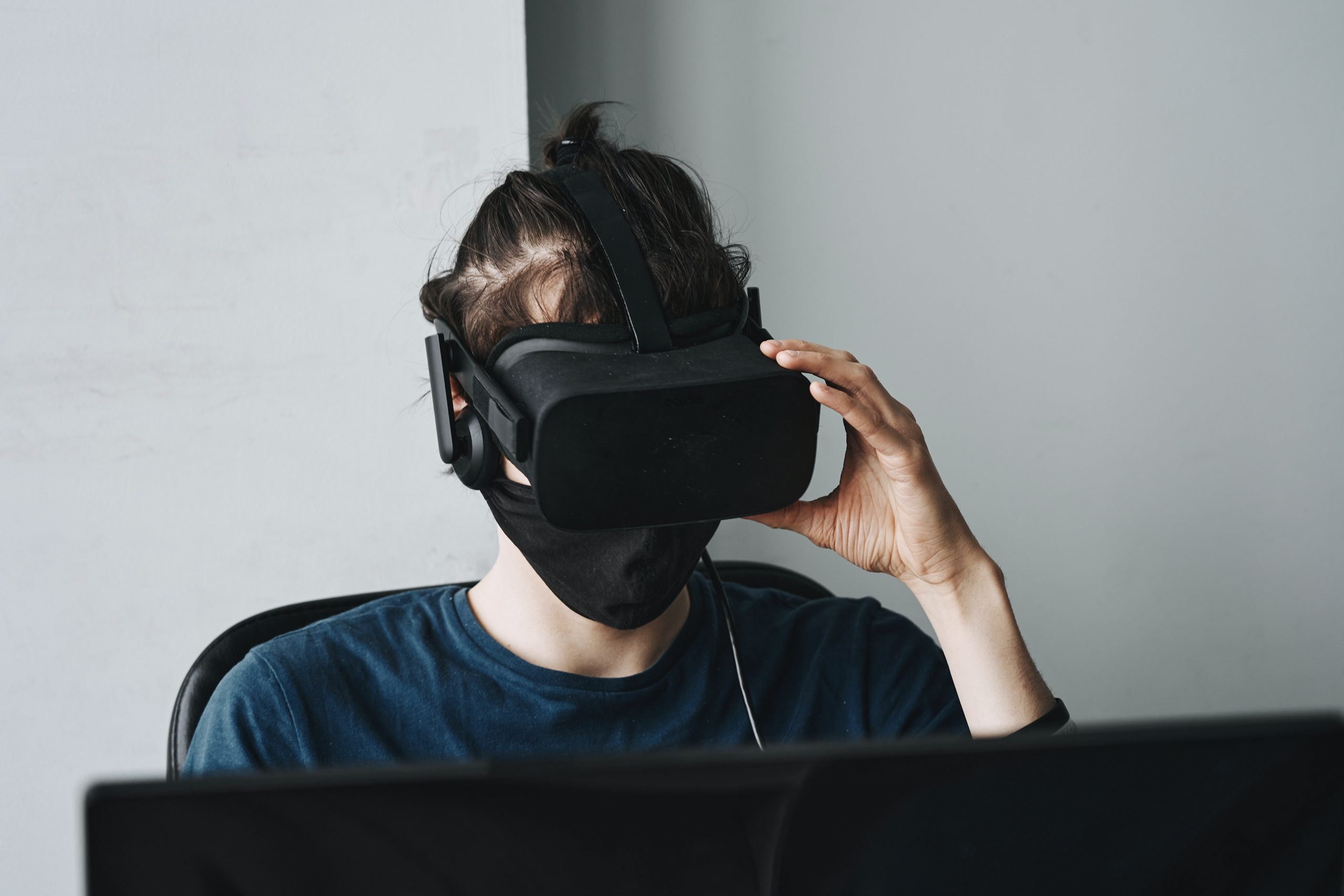 Talks on Virtual Reality (VR) in Maritime Education and Training